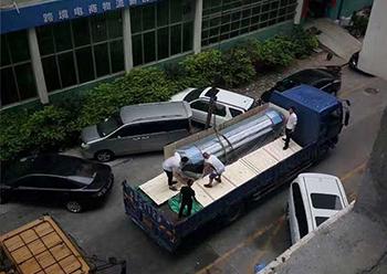 深圳品唐广告新购喷绘机一台
